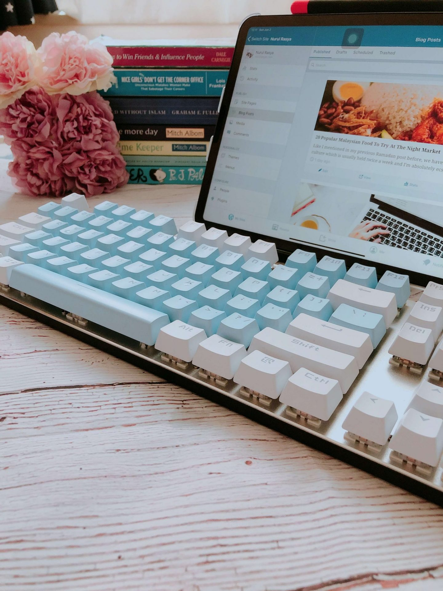 Blue White Full Keyboard